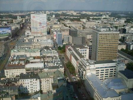 В Варшаве при строительстве метро произошла авария на водопроводе. Людей из соседних домов эвакуировали, движение на дорогах перекрыто