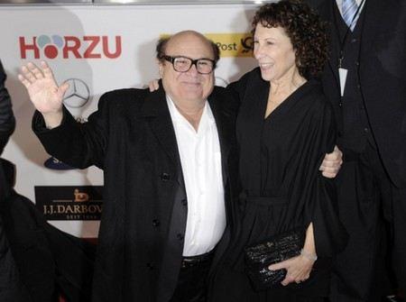 Дэнни де Вито расстался с женой Ри Перлман, с которой они знакомы 42 года, и прожили вместе 30 лет