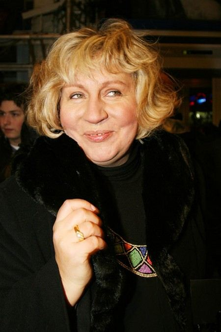 Актриса и телеведующая Марина Голуб погибла в ДТП, когда ехала домой в частном такси.