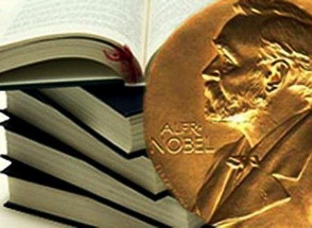 Нобелевская премия по литература в этом год досталась китайскому прозаику с псевдонимом Мо Янь, что в переводе означает «Молчи».