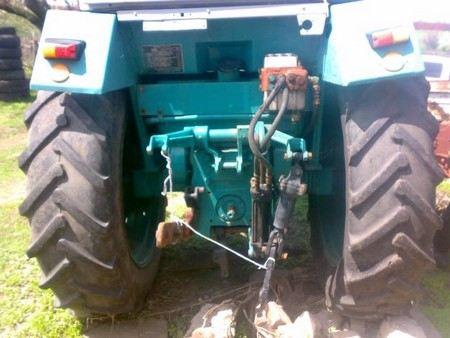 В Забайкалье в исправительной колонии №10 29-летнего мужчину насмерть задавил трактор.