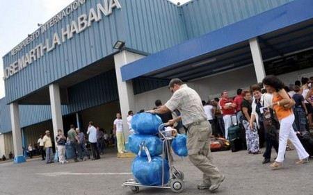 Куба полностью отменят выездные визы для граждан своей страны.