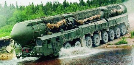 Россия в ближайшие годы может потратить на ядерное оружие 100 млрд рублей.