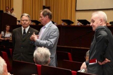 Сергей Собянин упразднил в Москве Совет старейшин, созданный Юрием Лужковым.