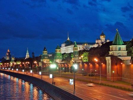 В Московском Кремле сегодня пройдут антитеррористические учения спецслужб.