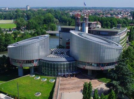 Европейский суд по правам человека признал, что уголовное дело в отношении бывшего руководителя службы безопасности нефтяной компании ЮКОС Алексея Пичугина незаконно.