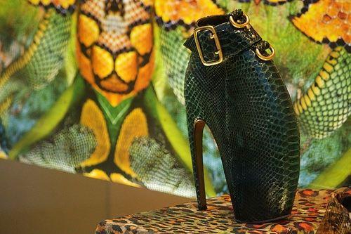 Экстремальные туфли-броненосцы вполне подойдут для эпатажного имиджа