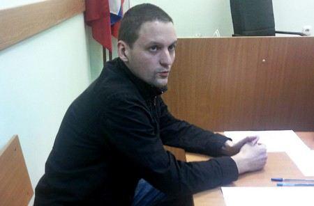 Сегодня Сергей Удальцов 3 часа давал показания в Следственном Комитете, после чего его отпустили под подписку о невыезде.