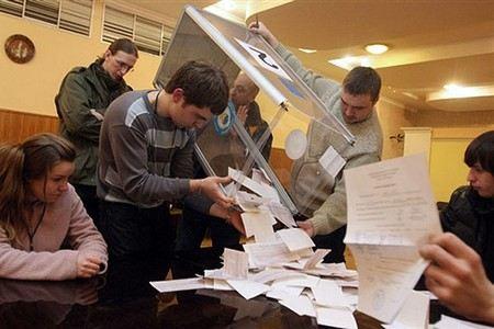 На Укранине обработано 40,11 протоколов по итогам выборов в Верховную Раду.