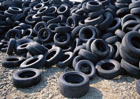 Глава республики Карелия Александр Худилайнен намерен сделать обязательной замену летней резины на зимнюю.