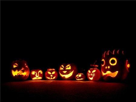 Праздновать Halloween в России будет лишь 9% жителей.