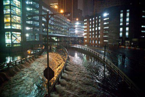 Нью-Йорк оказался во власти урагана Сэнди