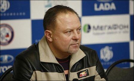 Новым главным тренером хоккейной команды «Спартак» назначен Федор Канарейкин.