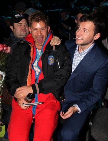 Вячеслав Монучаров прилюдно обнимался с Митей Фоминым, тусовка думает, что у них роман.