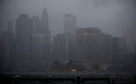 Инфраструктура Нью-Йорка восстанавливается после урагана Сэнди, в мегаполисе вновь начали проводить экскурсии.