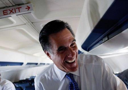 Жители США проявляют чудеса суеверия. Победу на выборах президента прочат Митту Ромни из-за народной футбольной «приметы Редкинс».