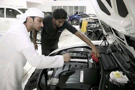 Все сотрудники автомойки прошли квалифицированное шестимесячное обучение