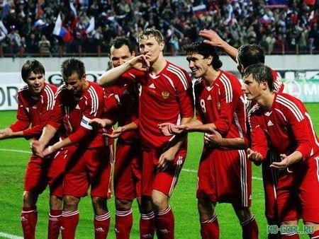 Сборная России по футболу заняла 9 место в последнем опубликованном рейтинге FIFA.