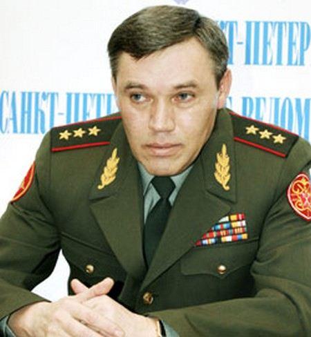 Сергей Шойгу намерен назначить начальником Генерального штаба Валерия Герасимова.