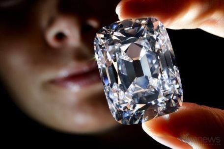 13-го ноября 2012-го года в аукционном доме Christie\'s (Женева, Швейцария) будет выставлен на торги один из самых известных и редких бриллиантов – Archduke Joseph (Эрцгерцог Иосиф) – начальной стоимостью в 15 миллионов долларов США