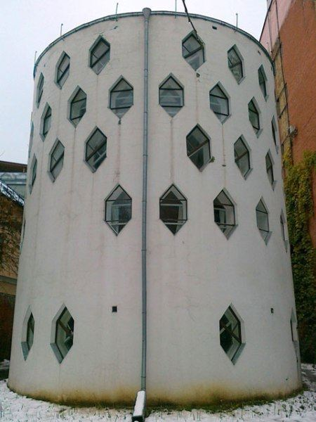 Дом-цилиндр