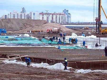 Губернатор Петербурга Георгий Полтавченко предложил выделить на строительство стадиона Зенита еще 3,8 млрд рублей из бюджета