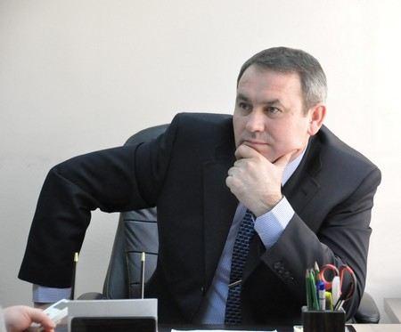 В Чебоксарах по подозрению в мошенничестве арестован глава ФМС по Чувашии Леонид Дружинин.