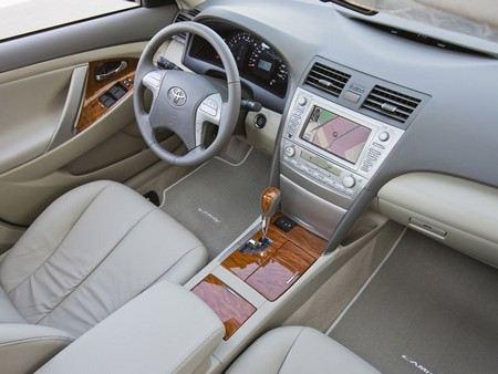 Тойота отзывает более 2,7 млн автомобилей по всему миру.