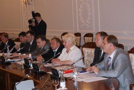 В Законодательном Собрании «О порядке отзыва губернатора Санкт-Петербурга».