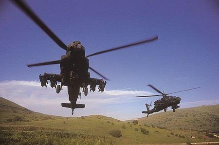 Военно-воздушные силы Израиля продолжили наносить удары по сектору Газа.
