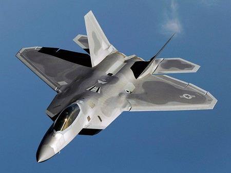 В США в штате Флорида разбился истребитель пятого поколения Ф-22 «Рэптор» (F-22 Raptor).