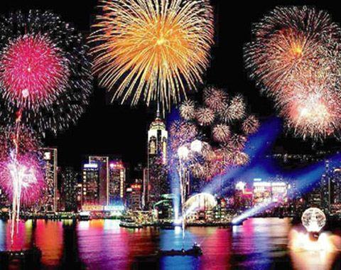 Закончится фестиваль ярким и запоминающимся новогодним салютом