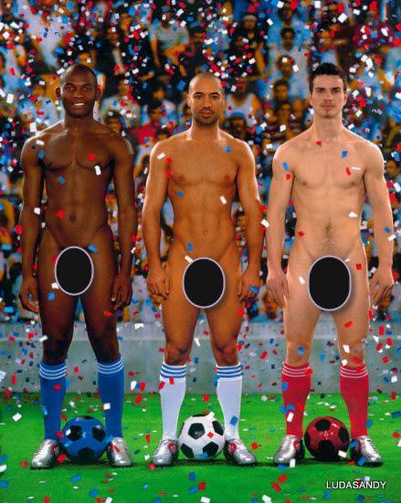 Голые футболисты