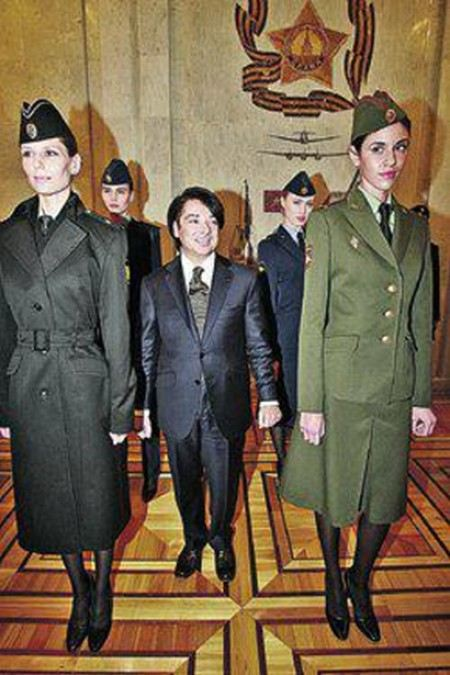 Прокуратура заявила, что военную форму испортил не Юдашкин, а чиновники.