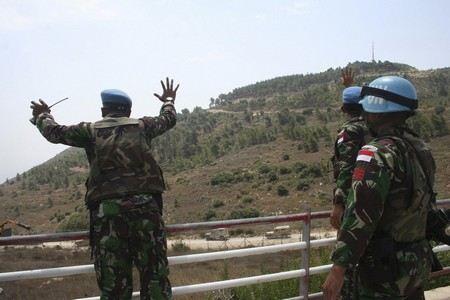 Израильские военные открыли стрельбу на границе с Палестиной, ранены 15 человек, 1 погиб.