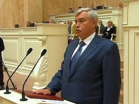 Губернатор Санкт-Петербурга Георгий Полтавченко в новом году будет получать зарплату в 4 раза больше, чем сейчас