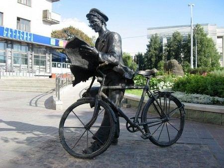 «Почта Россия» хочет принимать на работу трудовых мигрантов.
