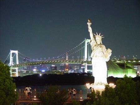 В Нью-Йорке за целые сутки не произошло ни одного преступления, связанного с насилием.