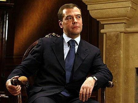 Премьер-министр Дмитрий Медведев рассказал, что думает о новом президентском сроке.