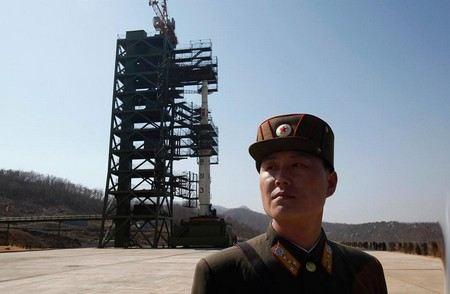 Северная Корея откладывает запуск ракеты.