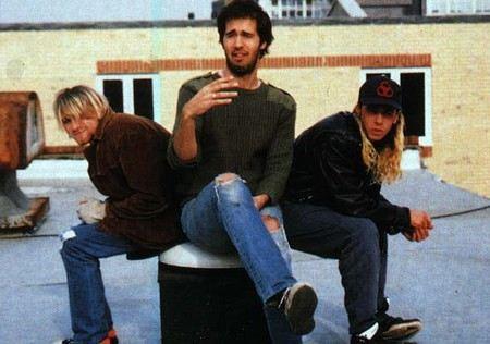 Пол Маккартни заменит Курта Кобейна и станет фронтменом группы Nirvana.