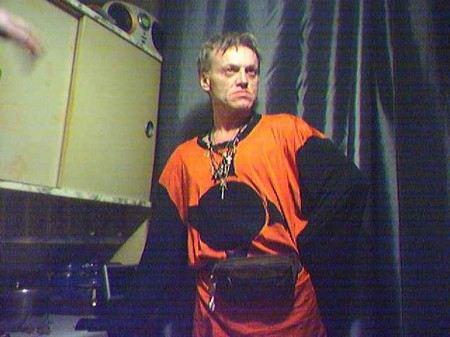 Бывший участник группы «АукцЫон» Владимир Веселкин приехал в Москву из города Орел получать пенсию и пропал.