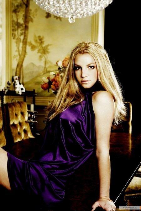 Бритни Спирс стала самой богатой певицей 2012 года по версии журнала Forbes.