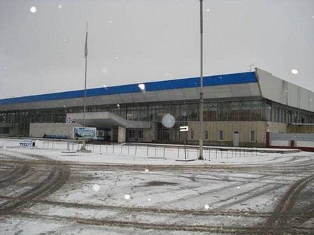 На борту самолета Боинг-777 рейса Москва-Хабаровск, который совершил экстренную посадку в Красноярске умер пятилетний мальчик.