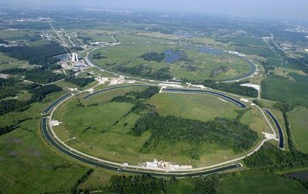 Большой адронный коллайдер остановят до 2015 года.