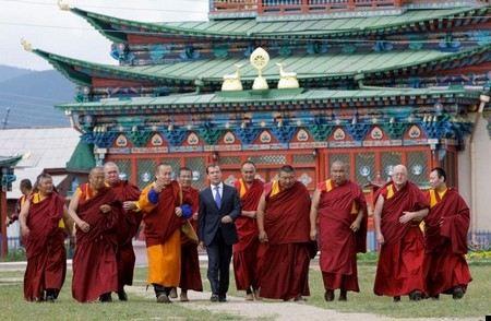 Во всех буддистских храмах России верующие совершат специальный молебен «Табан Харюулга».