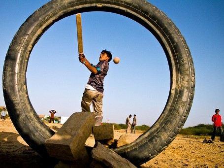 Крикет в Индии является самым любимым способом времяпрепровождения для любого возраста