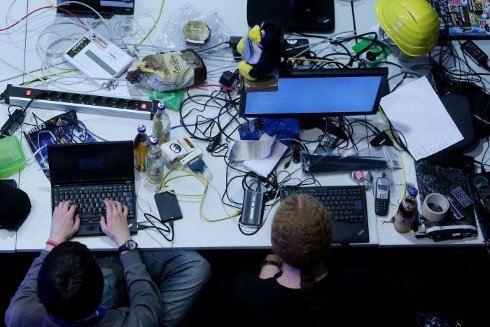 Хакеры атакуют