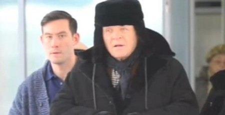 Энтони Хопкинс выздоровел и гуляет по Петербургу.