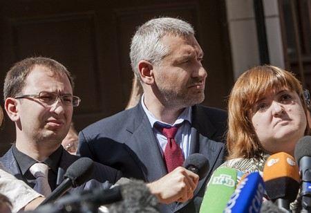 Екатерина Самуцевич отозвала свою жалобу на своих бывших адвокатов Волкову и Полозова.